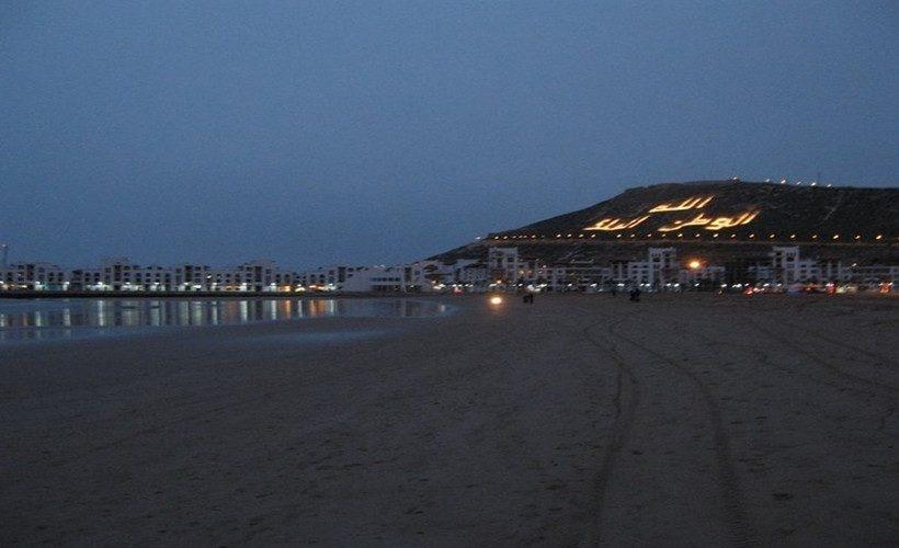 la plage agadir la nuit